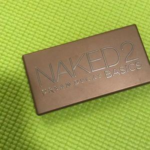 Naked 2 basics pallet